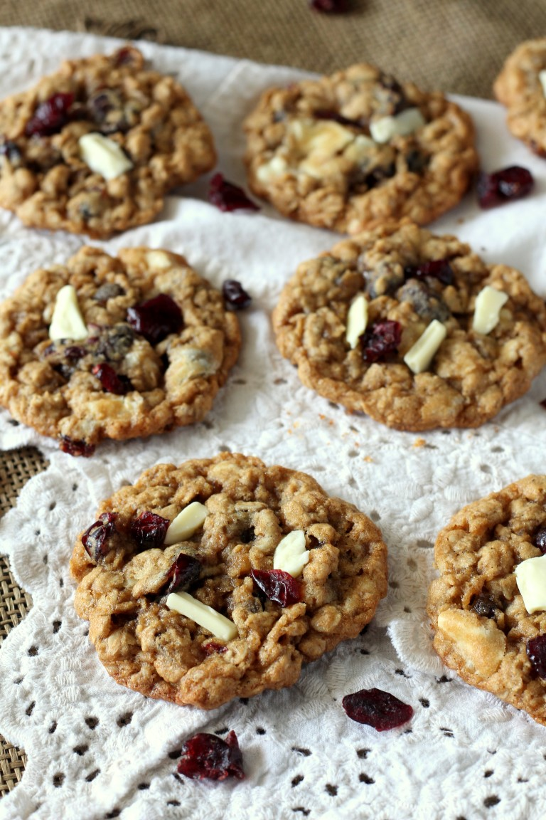 Cranberry White Chocolate Oatmeal Cookies. Fall cookie recipe with ...