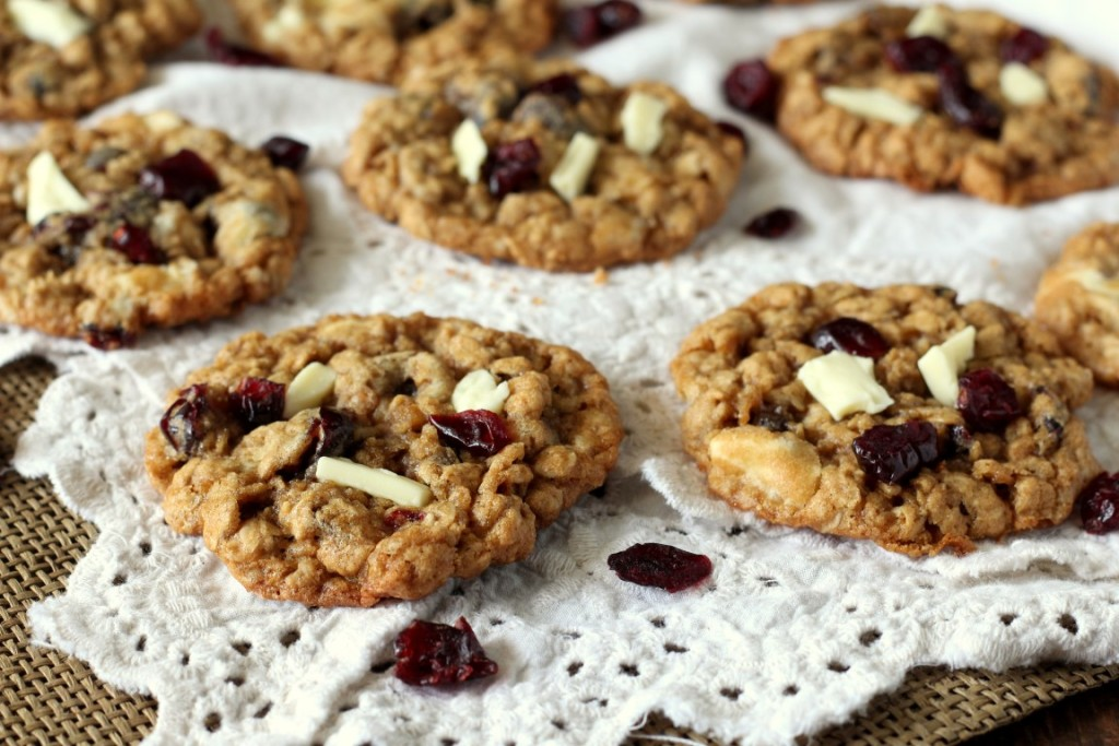 Cranberry White Chocolate Oatmeal Cookies (3)