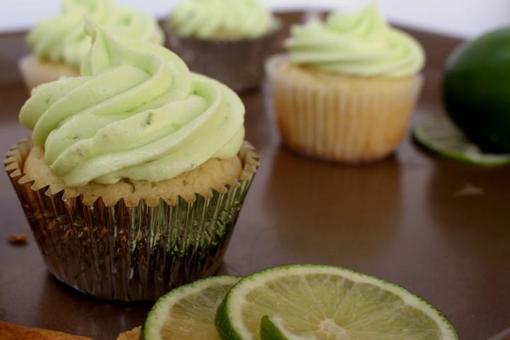Key lime Pie Cupcakes   www.chocolatewithgrace.com   #cupcake #recipe #key #lime