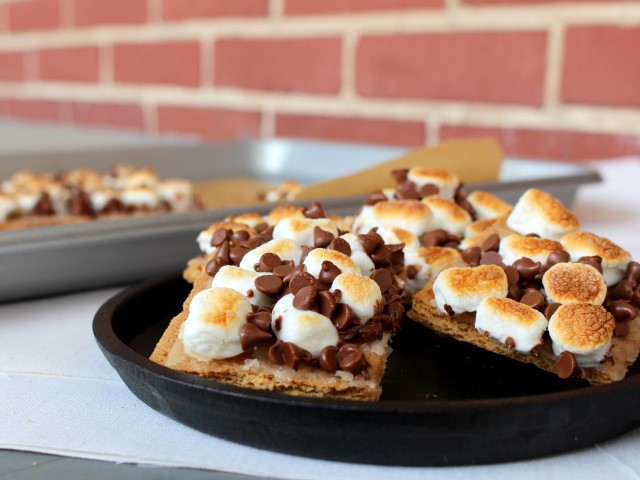 S'mores without the campfire! These 15 minutes s'mores squares feature all the chocolatey, gooey, toastiness of the classic campfire treat.
