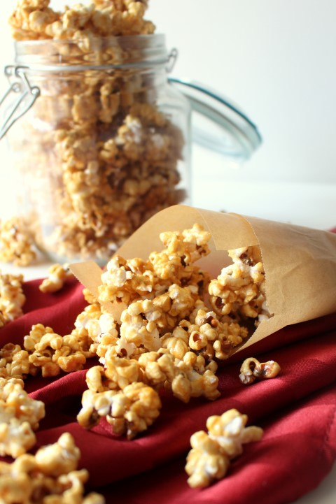 Microwave Salted Caramel Popcorn - Super easy to make in the microwave!