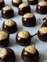 buckeyes dipped in chocolate