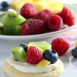 Mini Sugar Cookie Fruit Pizzas (4)