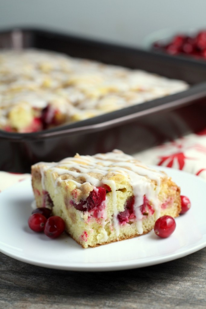 This cranberry crumb coffee cake makes a wonderful Christmas brunch ...