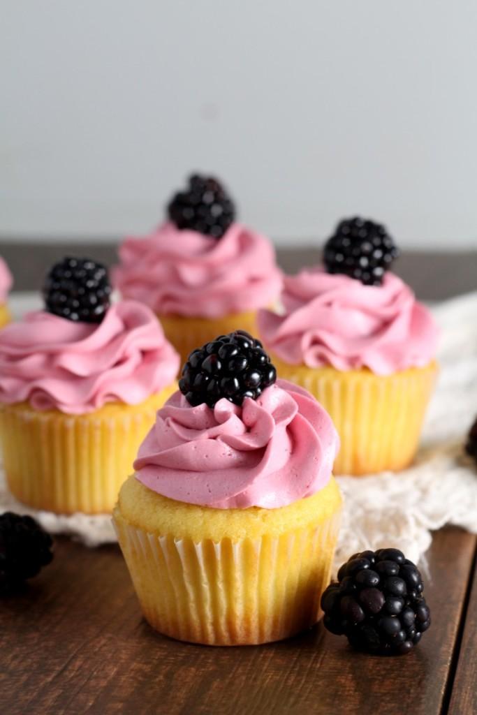 Blackberry Vanilla Cupcakes (3)