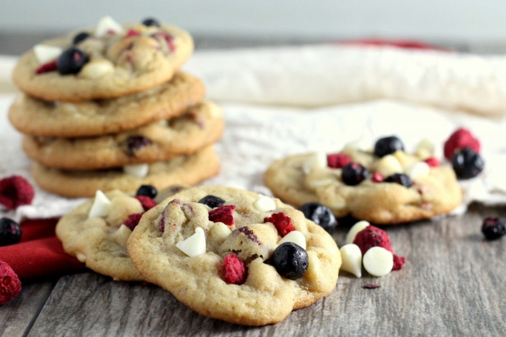 Red, White and Blueberry Cookies (2)