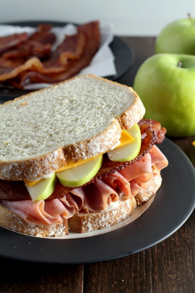 Harvest Apple, Bacon and Cheddar Ham Sandwiches