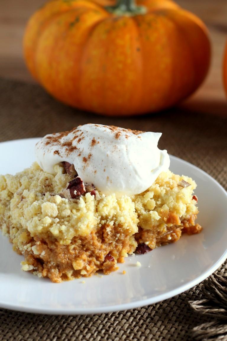 How To Make Pumpkin Crunch Cake