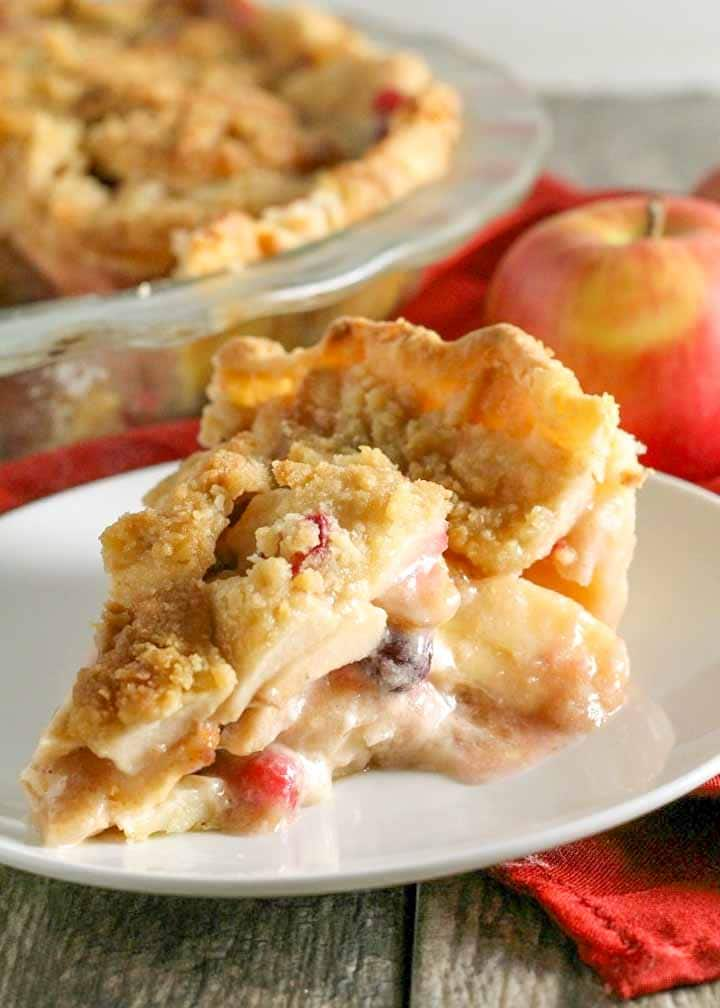 Cranberry Apple Pie with Streusel Crumb Topping