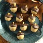 Chocolate Peanut Butter Acorns | Peanut Butter Balls for fall | Buckeye candy only an acorn shape | A perfect kids dessert for thanksgiving