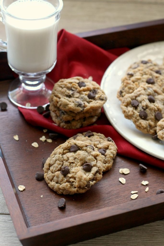 Browned Butter Chocolate Chip Oatmeal Cookies