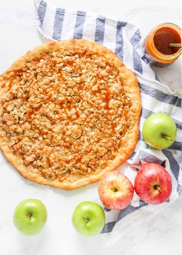 Copycat recipe for Pizza Hut Apple Dessert Pizza