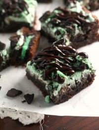 Mint Oreo brownies stuffed with mint oreos