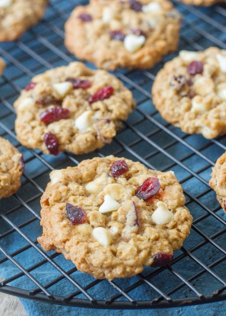 Oatmeal Cookies with white chocolate and cranberries