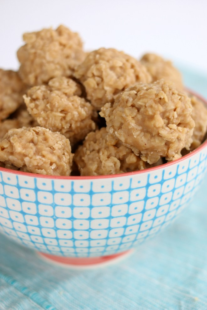 No bake peanut butter cookies with oatmeal in a serving bowl.