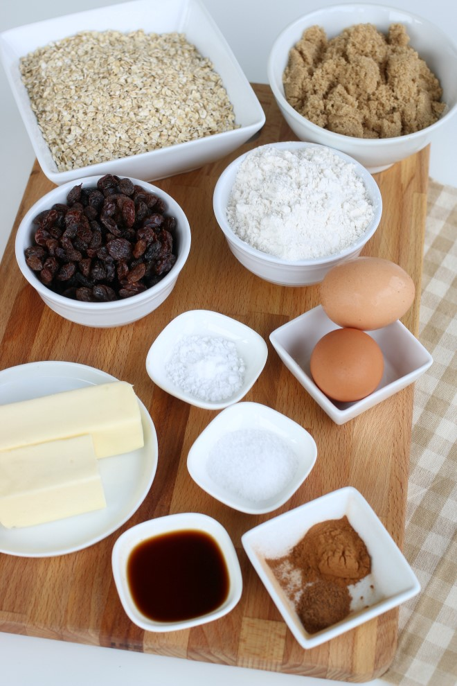 Ingredients to make oatmeal cookies with raisins.