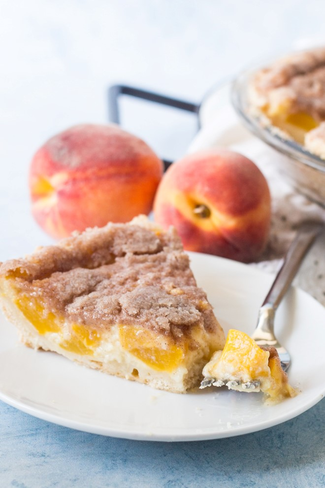 peach cream pie with streusel