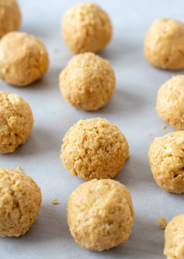 Rice Crispy Peanut Butter Balls
